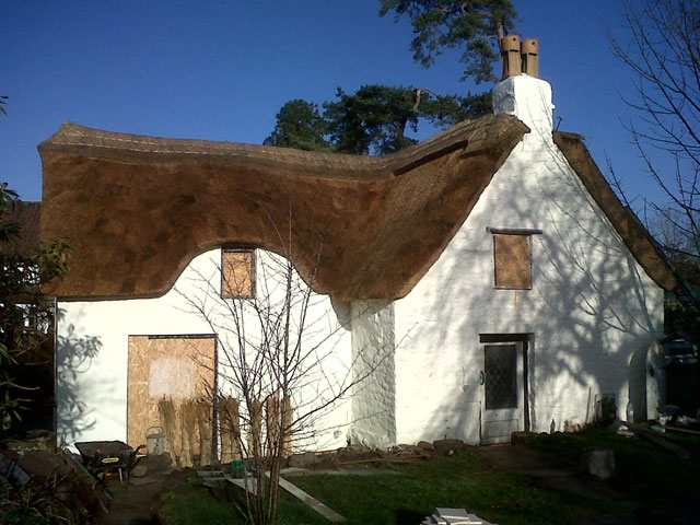 Roof thatcher Ilminster